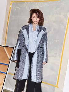 Chic oversize coat