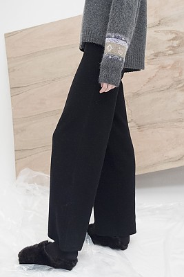 M7WP01A [Seamless Knit Trousers] 무봉제  BLACK