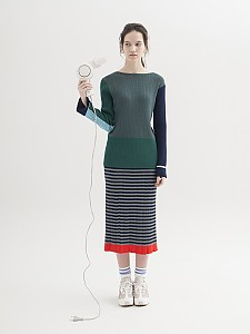 Color-Block Ribbed Pullover