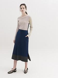 Contrast Stitch Knit Slit Skirt