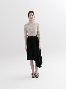 Asymmetrical Pleated Knit Skirt]
