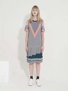 Open Shoulder Stripe Knit Dress