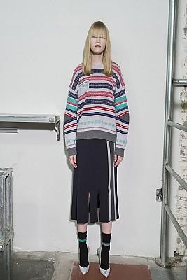 Multi-Colored Stripe Jacquard Pullover - L/GRAY