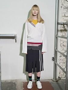 Flared Sleeve Color-Block V-neck Pullover - WHITE