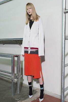 Flared Sleeve Color-Block Cardigan -IVORY