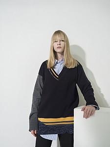 Flared Sleeve Color-Block V-neck Pullover - NAVY